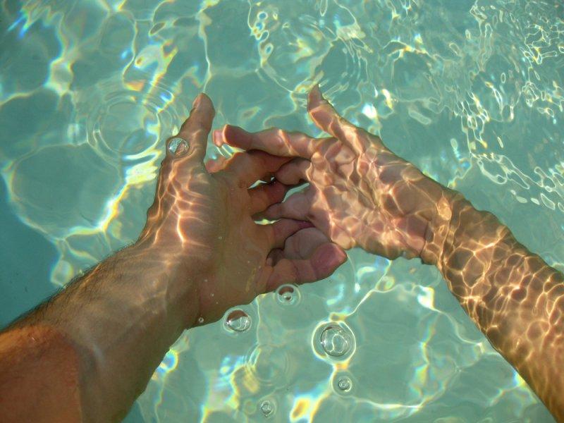 מים רגש  מערכות יחסים